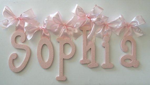 PAILLETTES pépinière mur lettres - Baby Girl pépinière Decor personnalisé nom - lettres en bois suspendus
