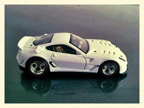 Hotwheels - Ferrari 599XX (Customized) 2