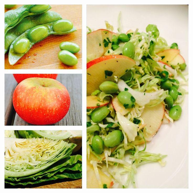 Spidskålsalat med Edamamebønner og Æbler   Kreamors Køkken