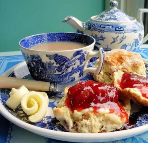 Blue Willow, scones, clotted cream, jam, tea.  Life is good!