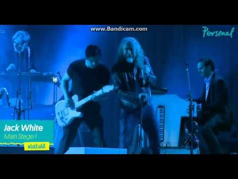 """Jack White and Robert Plant perform """"The Lemon Song"""" at Lollapalooza Argentina 2015 !! - YouTube"""