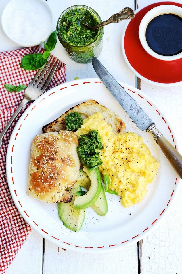 Perfect Scrambled Eggs with Basil Pesto (Mother's Little Helper No.2)