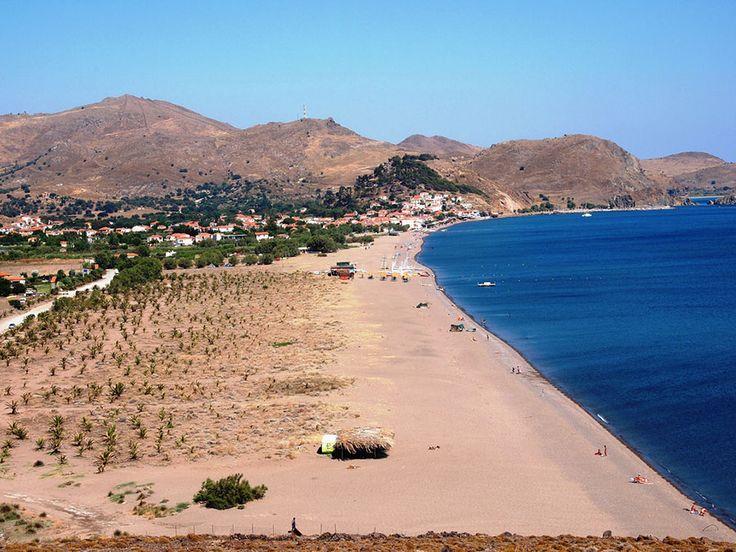 Λέσβος - Σκάλα Ερεσού...Αποτελεί δημοφιλή προορισμό καθώς είναι ένα αρκετά ανεπτυγμένο θέρετρο με αμμώδη παραλία και κρυστάλλινα νερά!