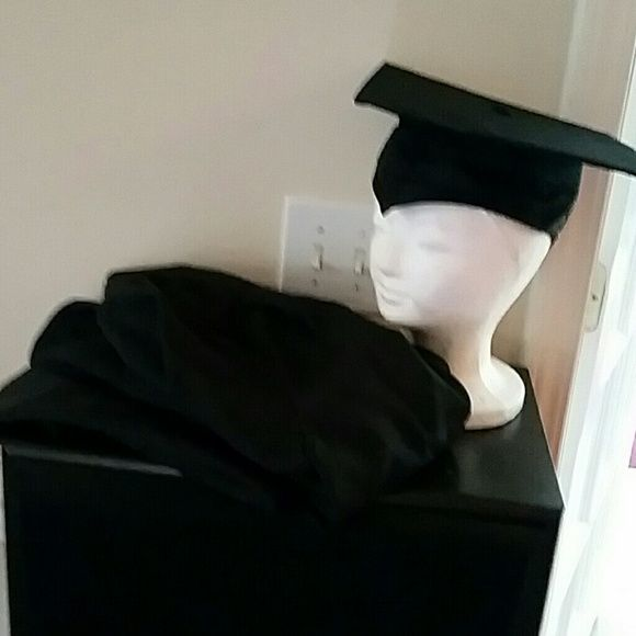 Jostens Cap and Gown Black Large Cap And Gown Fits 5'10 - 6'1 Just in time for December Graduation Other