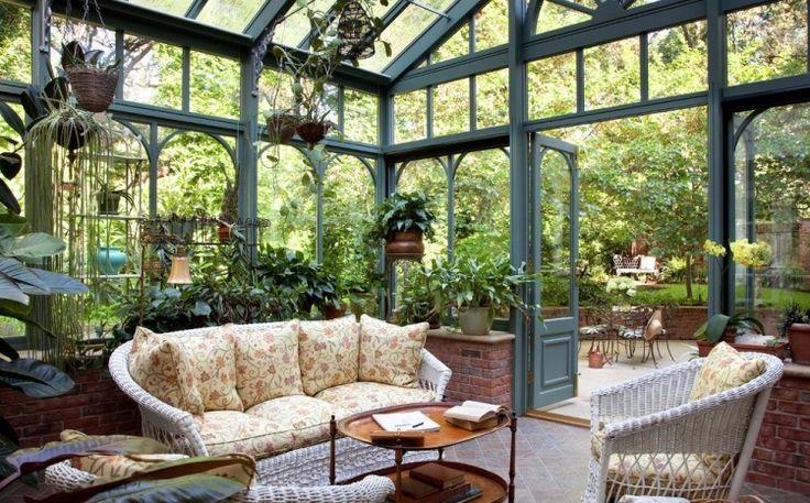 Coin détente dans le jardin d'hiver: inspirez-vous par nos idées!