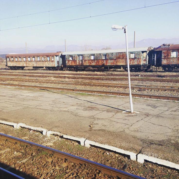"""România ruginită""   #rails #train #romania #rust #transportation"
