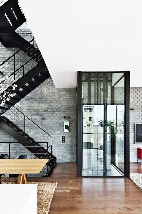 Enclausuramento para elevadores residenciais  #elevadores #elevador #residencial…