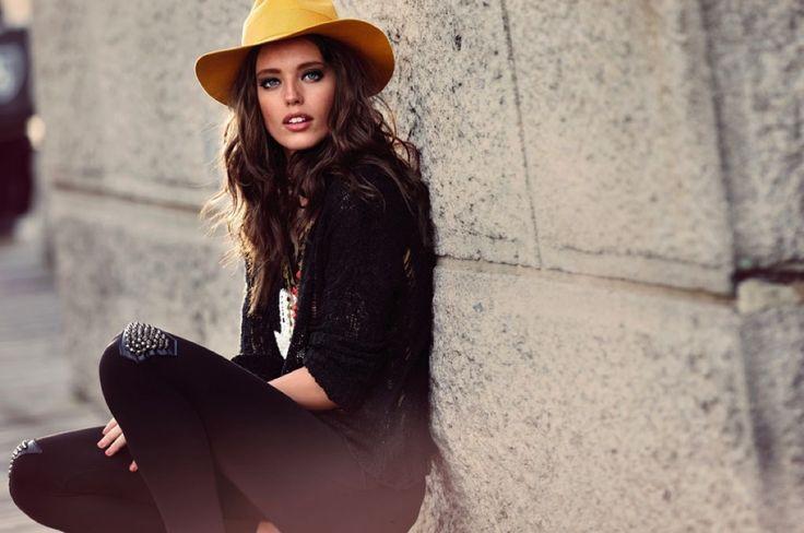 Emily DiDonato for Calzedonia #model #campaign #calzedonia #trendy #outfit #pretty #style #fashion #fall