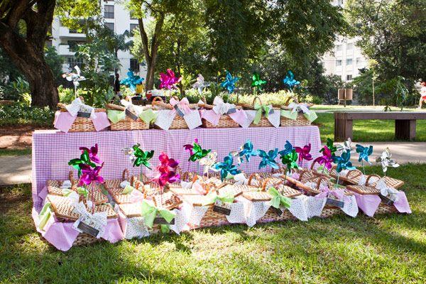 O aniversário de 1 aninho da Pietra foi comemorado de uma forma diferente: ao ar livre, no Parque do Povo (em São Paulo). Umpiquenique de verdade, comcat