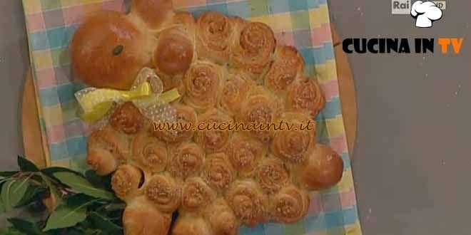 Pan soffice di Pasqua ricetta Cattelani da La Prova del Cuoco | Cucina in tv