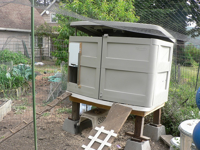 25 Best Images About Chicken Coops On Pinterest Farmers