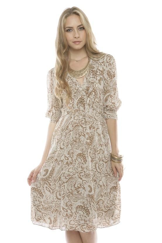 Vestido: Ruffles Vneck, Ruffle Dress, Feminine Style, Vneck Dresses, Ruffles V Neck, Dinners Dresses, V Neck Dresses, Ruffles Dresses, Products