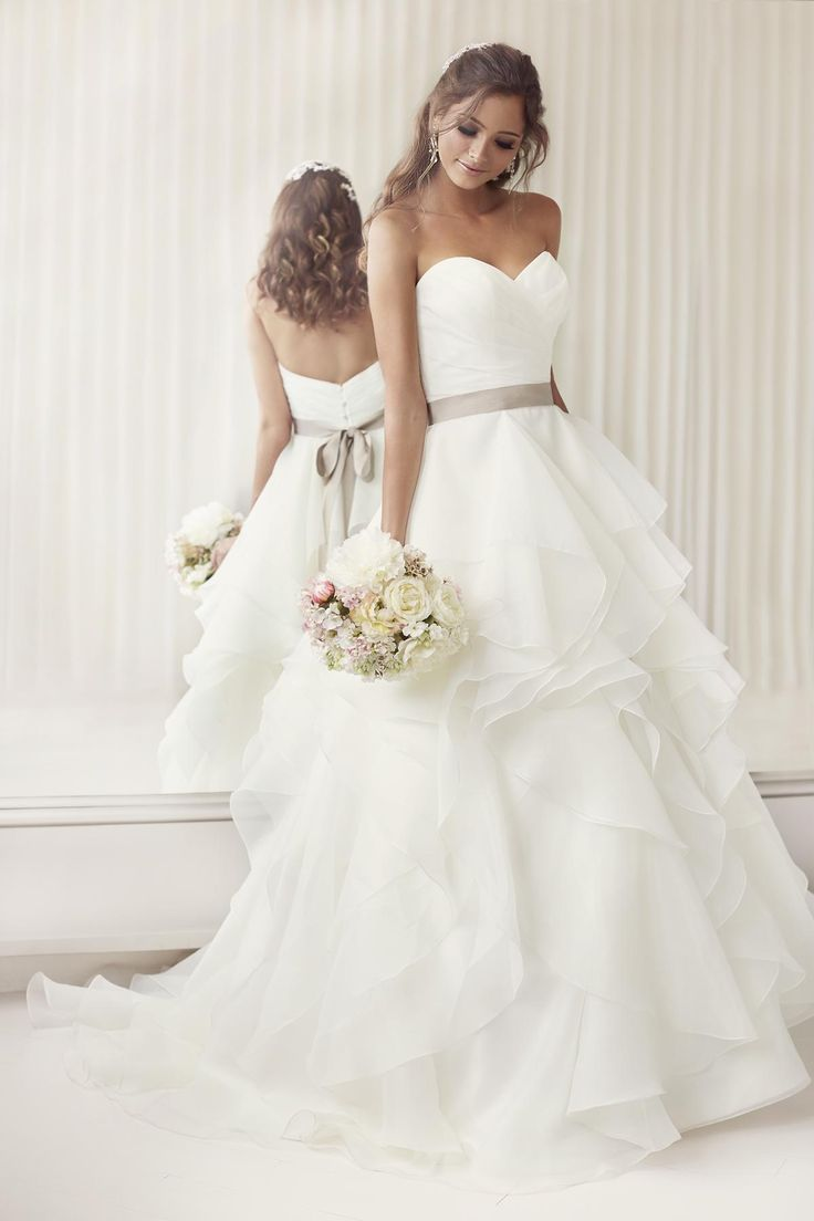 2015 Elegant Sweetheart A Line Ruched Organza Bridal Wedding Gowns With Layered Skirt And Sashes Wedding Reception Dresses from Voguedesign,$113.09 | DHgate.com