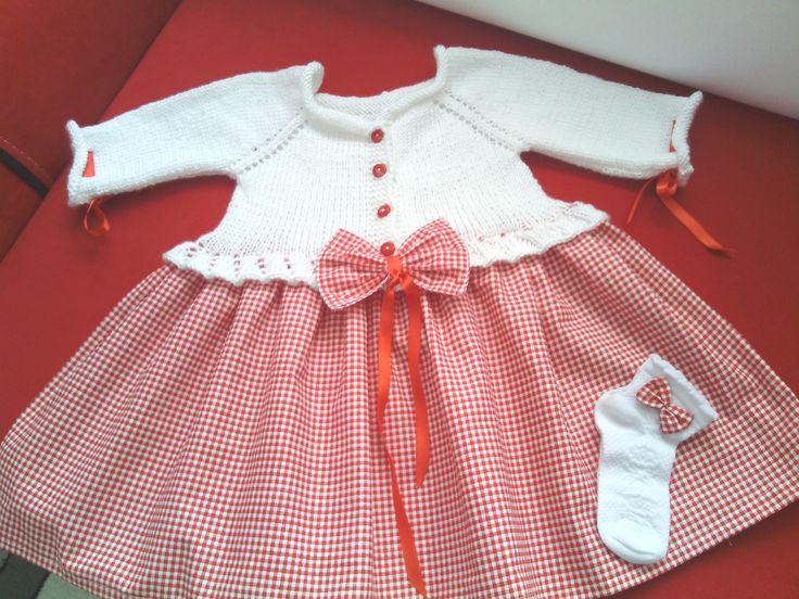 2 yaş kız çocuk elbisesi üstü örgü altı kumaş