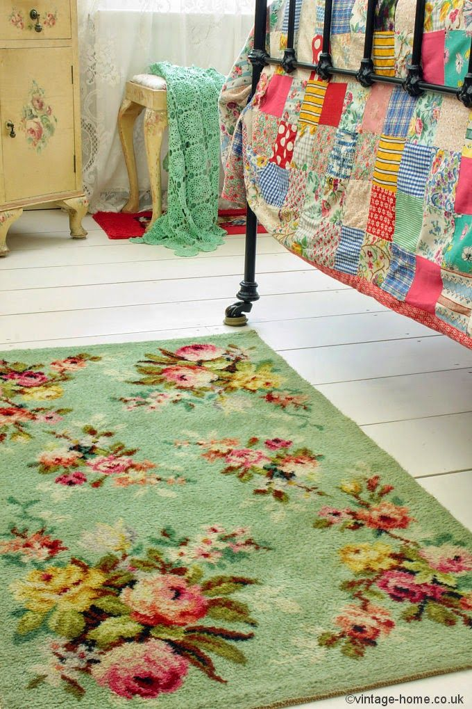 Vintage Home, I have to make a simple patchwork quilt like this one.