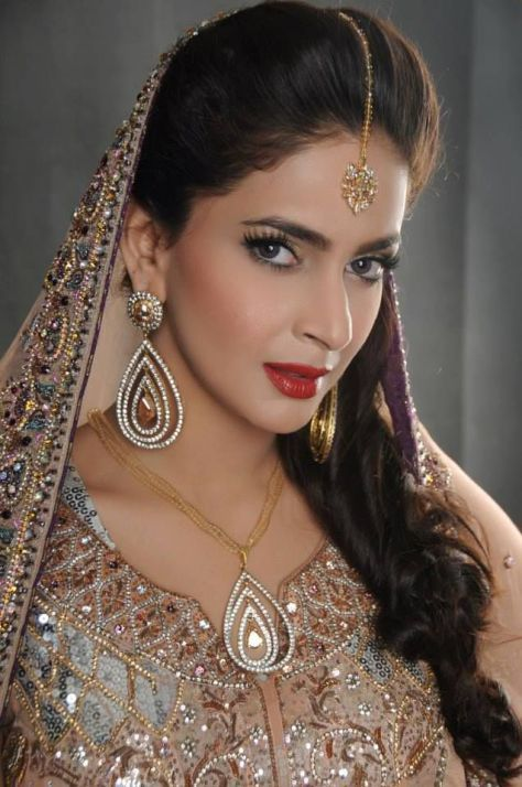 Pakistani Lollywood Actress Saba Qamar Pakistani Celebrities