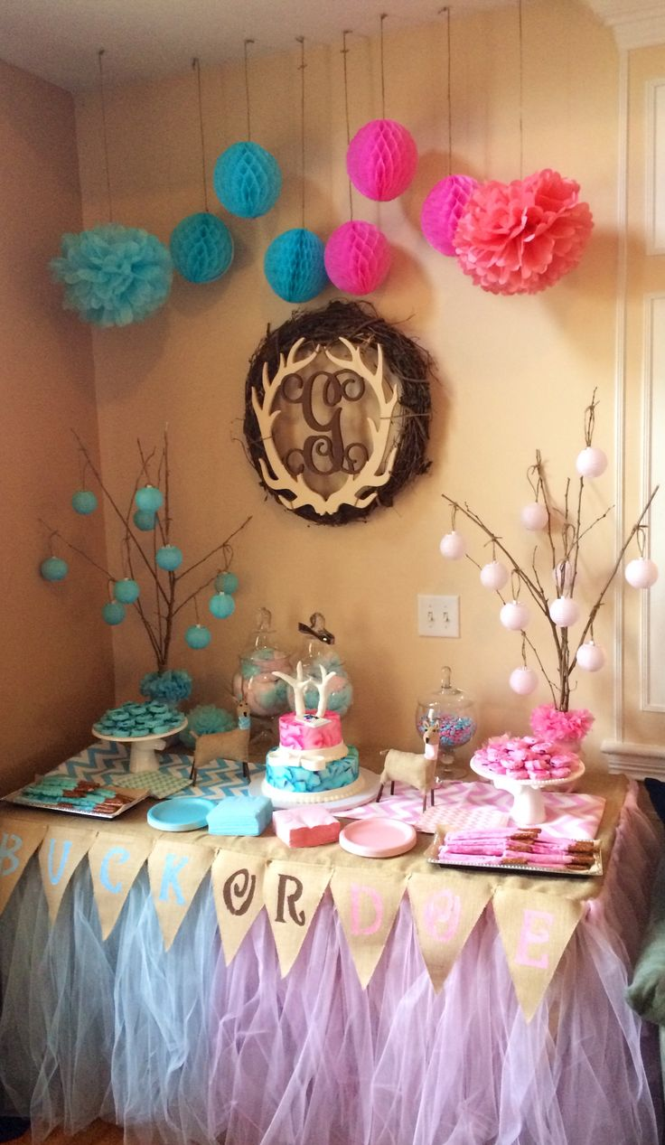 Candy table for our buck or doe gender reveal buck or for Dekoration fur babyparty