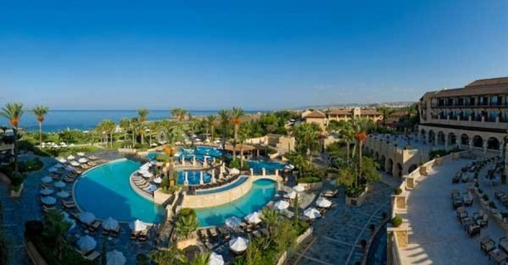 Elysium Hotel Cyprus. This is a great resort for families in Cyprus. It has some wonderful #luxuryfamilyaccommodation