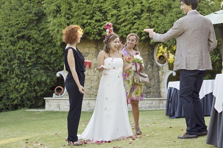 Faça com que os convidados confirmem a sua presença no casamento Saiba mais em: http://www.casamentosparasempre.pt/artigos/faca-com-que-os-convidados-confirmem-a-sua-presenca-no-casamento-0066 ©casamentosparasempre  #wedding #casamentosparasempre #casamento #love #amor #convidados