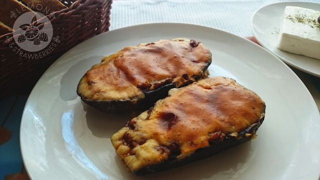 "Lemon and Strawberries: Greek ""little shoes"" - stuffed eggplants (Papoutsa..."
