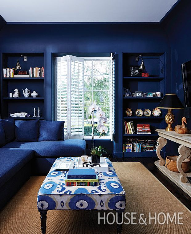 cozy blue black bedroom bedroom. The Walls In This Den Are Saturated A Bold Indigo Blue. | Photographer: Cozy Blue Black Bedroom O