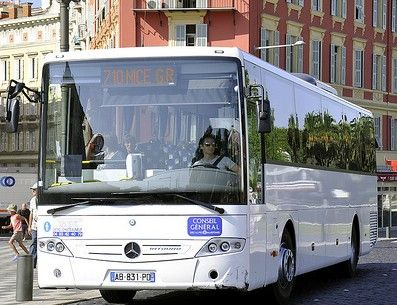 Cheap bus for french Riviera