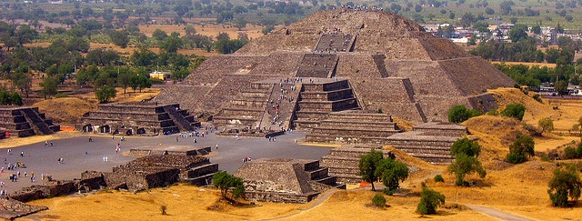 a history of the rise and fall of aztec ruins in central america Early american civilizations maya, aztec our understanding of the history of humans living and charnay visited central america after reading a travel book.