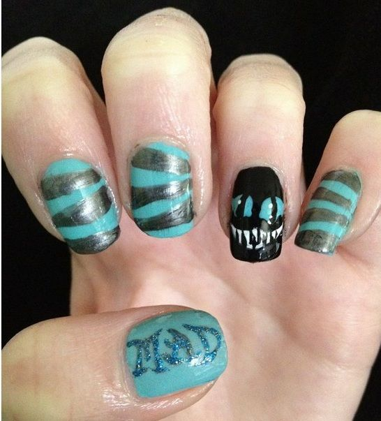 Scary Cheshire cat nails