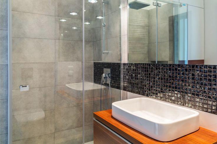 Large Ceramic Tile - 5 Hottest Bathroom Remodeling Trends of 2015 - Guide to new and trendy bathroom designs   Bathroom Makeover - Bathroom Ideas - Best ways to makeover your bathroom - Bathroom Inspiration - Bathroom Trend