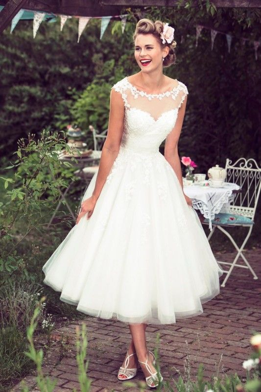 Cheap dress ball gown, Buy Quality dresses large directly from China dresses grandmother of the bride Suppliers: 			Vintage 1950s Style Short Wedding Dress Tea Length 2016 Lace Appliques Backless Vestidos de Novia Beach Bridal Gowns