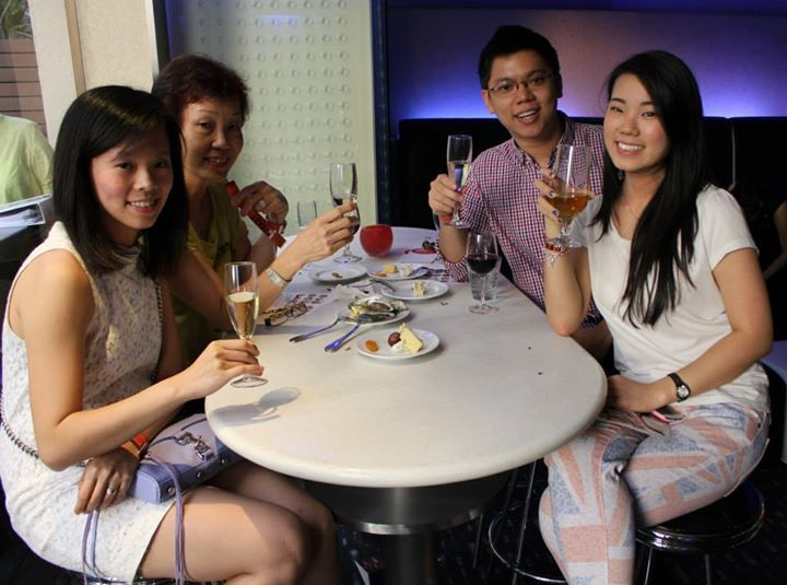 Feast on the Move - J Bar at M Hotel Singapore