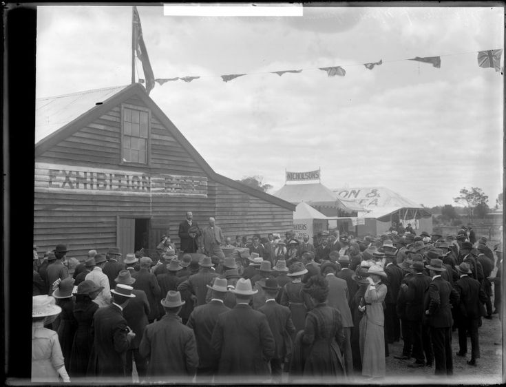 229260PD: Philip Collier opening Katanning Show, 1913 http://encore.slwa.wa.gov.au/iii/encore/record/C__Rb4614214?lang=eng