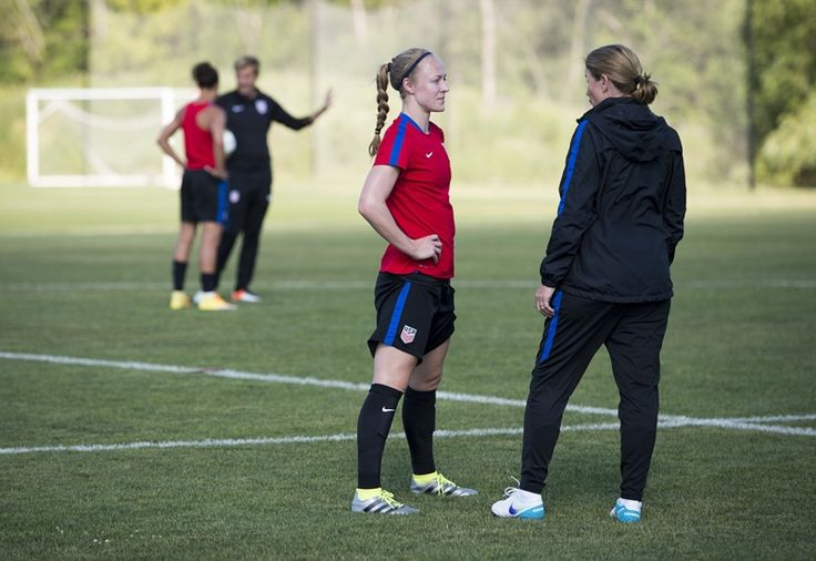 Gallery Wnt Continues Olympic Prep In Chicago Ahead Of Send Off Match Vs South Africa Uswnt Soccer Soccer Womens Soccer