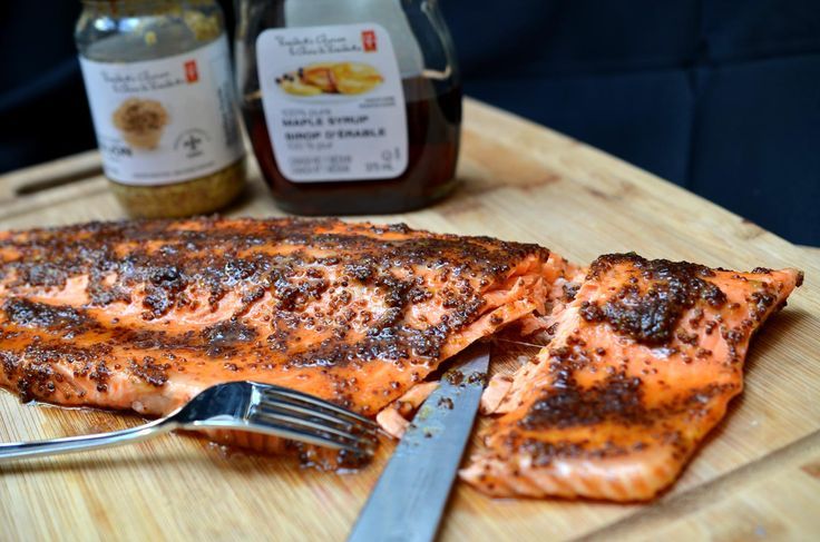 [ Maple Mustard Salmon Recipe ]This is my go-to weeknight recipe – 30 mins (including cooking) and dinner is on the table! Boom! So easy, yet so delicious and moist, how can you not love a recipe like that? #salmon #seafood #fish #weeknight