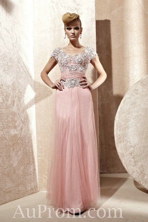 1000  images about Modest Prom Dresses on Pinterest  Sleeve ...