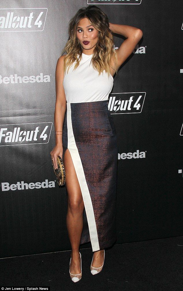 Expectant star: It's clear that pregnant Chrissy Teigen, 29, has maternity style nailed as she stepped out for the Fallout 4 game launch party in Los Angeles on Thursday night
