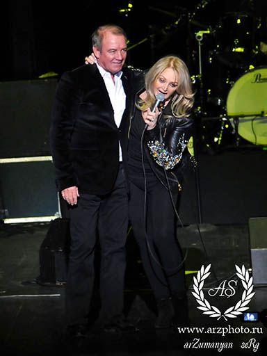 #BonnieTyler #live #concert #moscou #2014 #rock #music #crocuscityhall #sergeyArzumanyan    Source: Sergey Arzumanyan