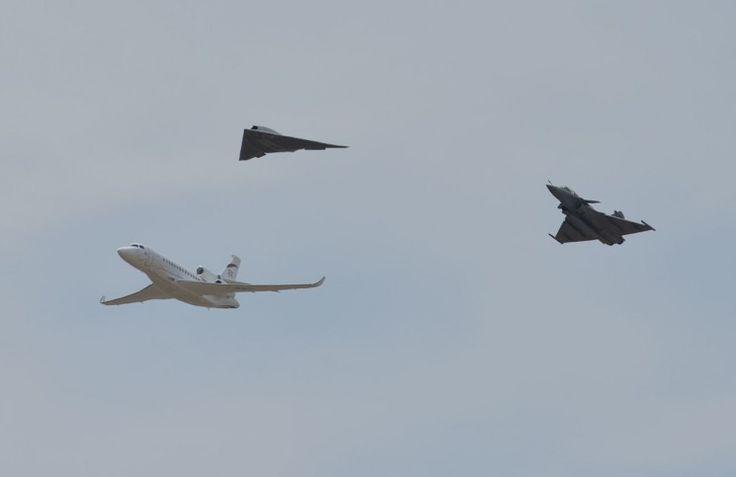 Le drone furtif Dassault nEUROn en vedette surprise du meeting d'Istres