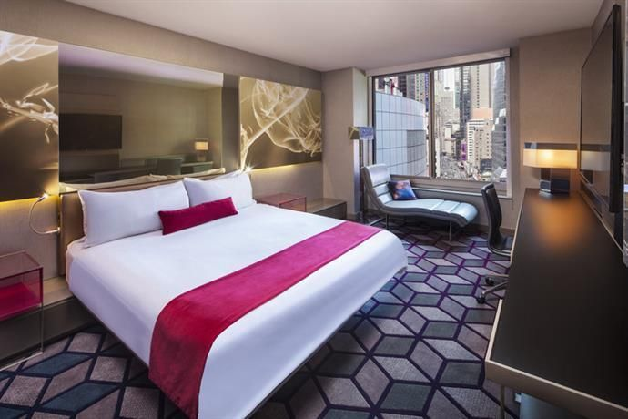 Pin By Rebecca Appleton On Hotel Like Bedroom Redesign New York