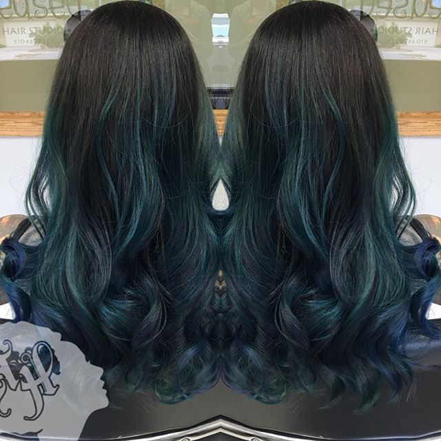 #fortcollins  #loveland #larimercounty #color #haircolor #ombre #greeley #windson #laporte #wellington #estespark #hair #haircut #highlights #curls #hairdryer #blowdryer #blowout #straightened #coloradohair #curlyhair  #colorgram #hairoftheweek #cosmoprofbeauty #hairdo #hairstyles #hairstyle #hairstylist #coloradohairstylist @cosmoprofbeauty  BOOK ONLINE ➡ WWW.TEASEDHAIRSTUDIO.COM