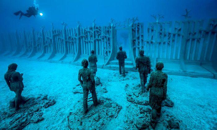 Lanzarote má podmořské muzeum se 300 sochami
