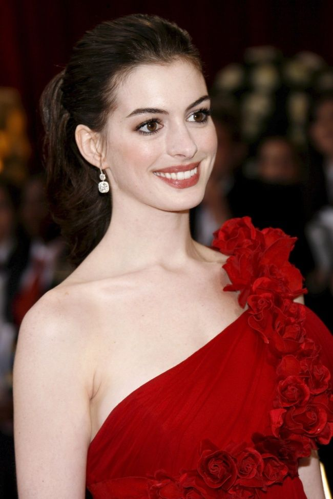 The red dress, love her!!!!!!