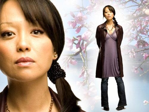 Naoko Mori...Toshiko Sato - Torchwood. She was definatley my favorite character!