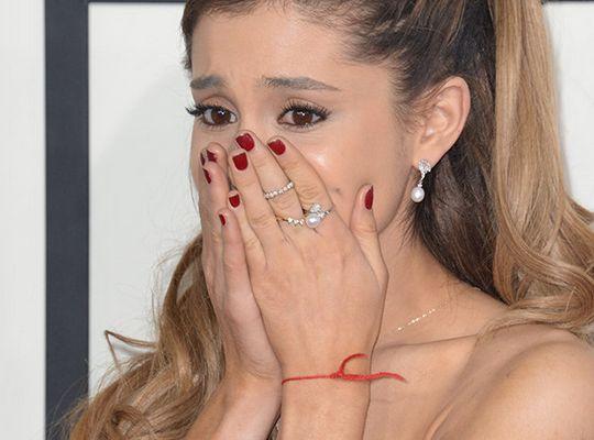 Atentado após show de Ariana Grande deixa 22 mortos em Manchester #ArianaGrande, #Atentado, #Exploso, #Manchester, #Msica, #Show http://popzone.tv/2017/05/atentado-apos-show-de-ariana-grande-deixa-22-mortos-em-manchester.html