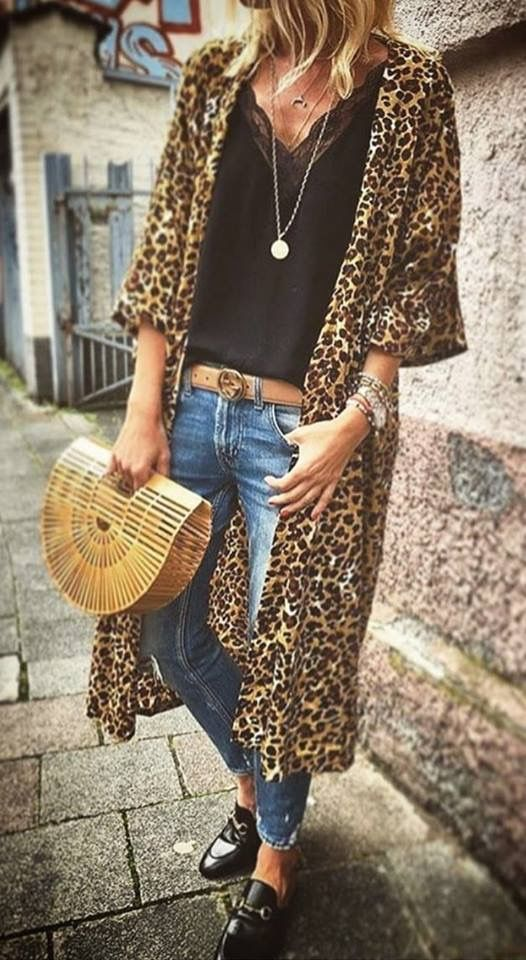 edf2f7e3fac0 Long black jacket, black cami top, blue jeans, black pumps and black clutch  bag | My Style in 2019 | Fashion, Style, Leopard print cardigan