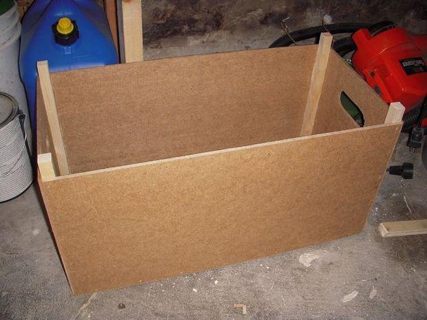 make a stackable storage box (add paint, stencils, color)
