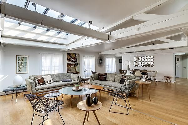 Louvre Palais Royal V 2 Bedrooms 2 Baths Stay Close The Louvre Parisianhome Parisaccomodation Living Room Wood Floor Cool Apartments Living Room Photos