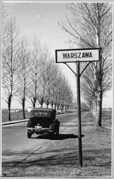 Warsaw 1945 Foto: Leonard Sempoliński