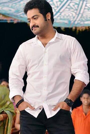 A hero looking handsome in White......LU Tarakk