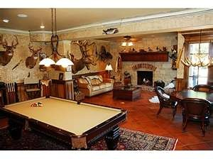 For the hunter enthusiast...: Games Rooms, Dreams Houses, Dreams Rooms, Gameroom, Caves Ideas, Caves Decor, Men Caves, Mancaves, Man Caves